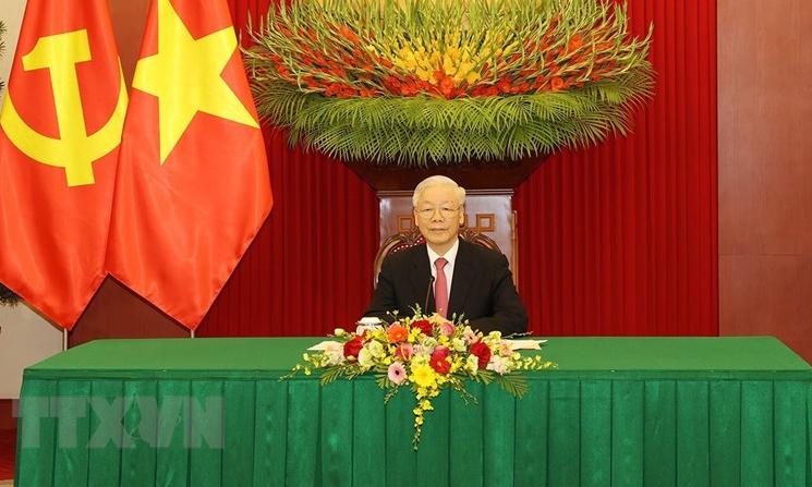 Tổng Bí thư Nguyễn Phú Trọng điện đàm với Chủ tịch Trung Quốc Tập Cận Bình tại Trụ sở Trung ương Đảng ở Hà Nội sáng 24/9. Ảnh: TTXVN.