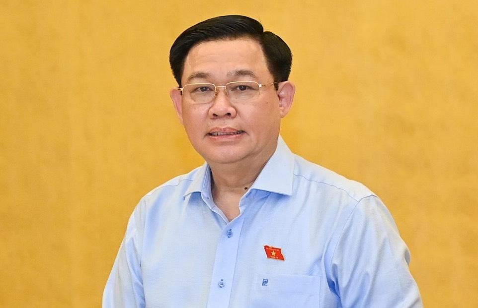 Chủ tịch Quốc hội Vương Đình Huệ phát biểu tại phiên họp Thường vụ Quốc hội chiều 24/9. Ảnh: Hoàng Phong