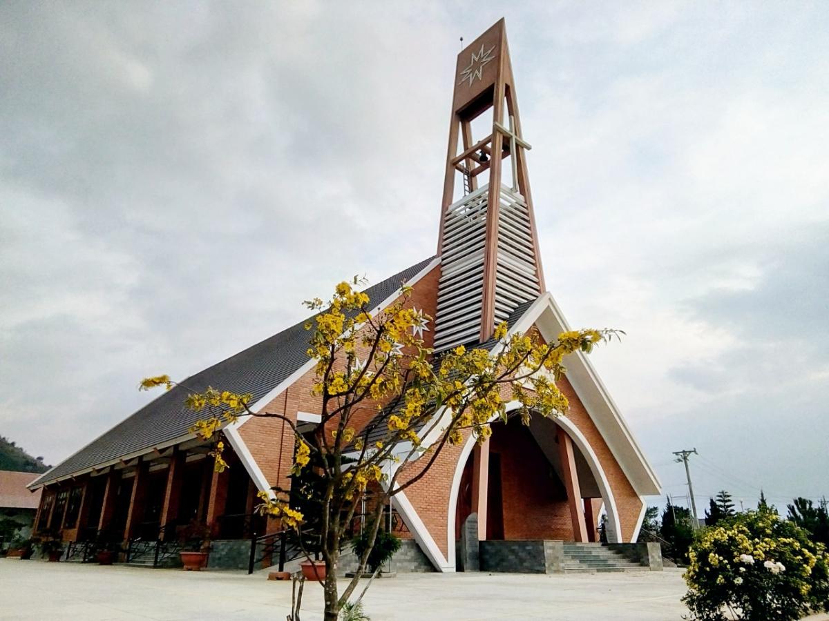 Nhà thờ Gân-reo tại xã Liên Hiệp, huyện Đức Trọng, tỉnh Lâm Đồng. Ảnh: Nhân vật cung cấp