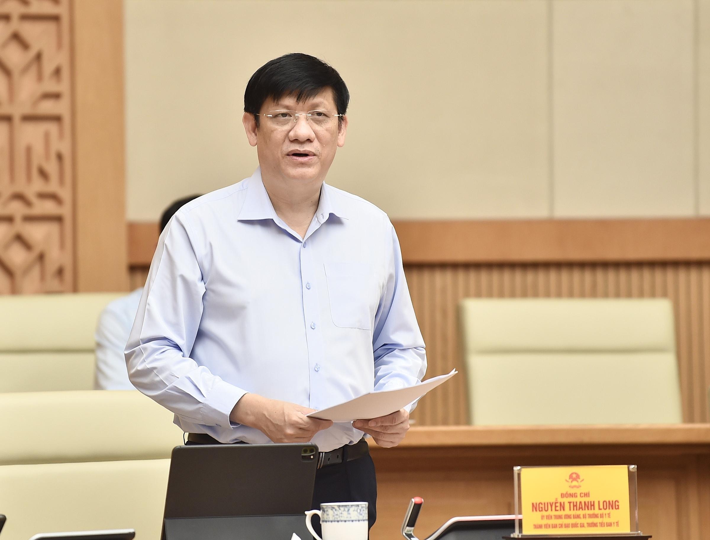 Bộ trưởng Y tế Nguyễn Thanh Long phát biểu tại cuộc họp trực tuyến Ban chỉ đạo quốc gia phòng chống Covid-19 với các địa phương, sáng 25/9. Ảnh: Nhật Bắc