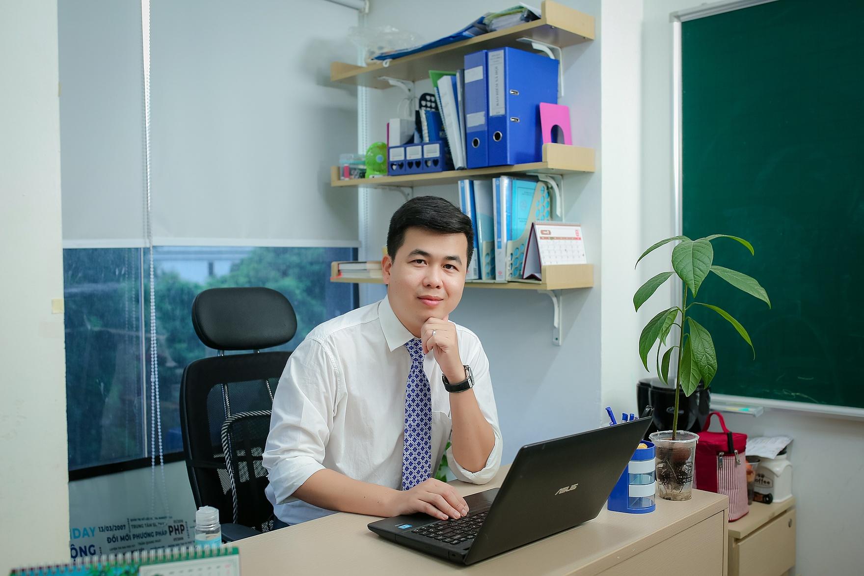 Tiến sĩ Lê Anh Tuấn - giảng viên Toán tại Đại học Công nghiệp Hà Nội.