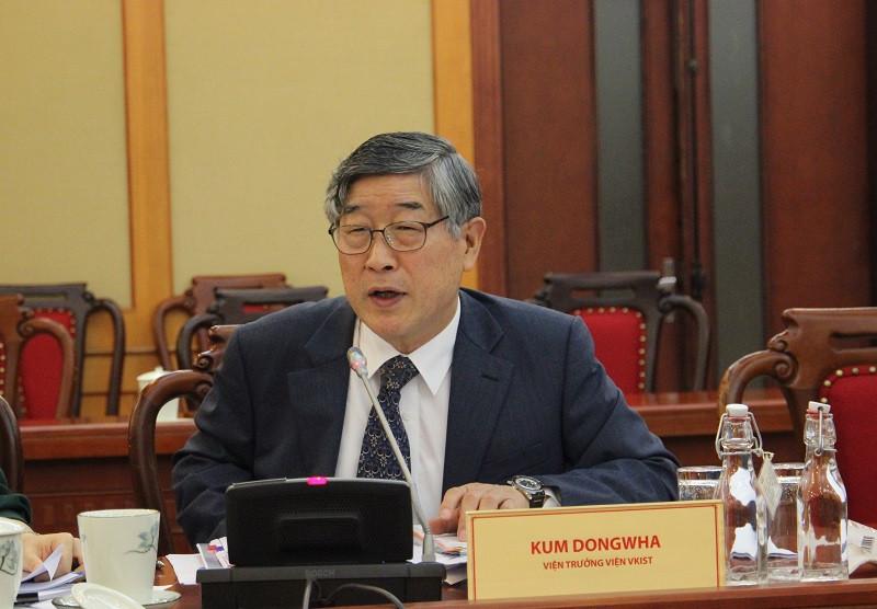 Ông Kum Dongwha, Viện trưởng Viện Vkist. Ảnh: Nguyễn Nam