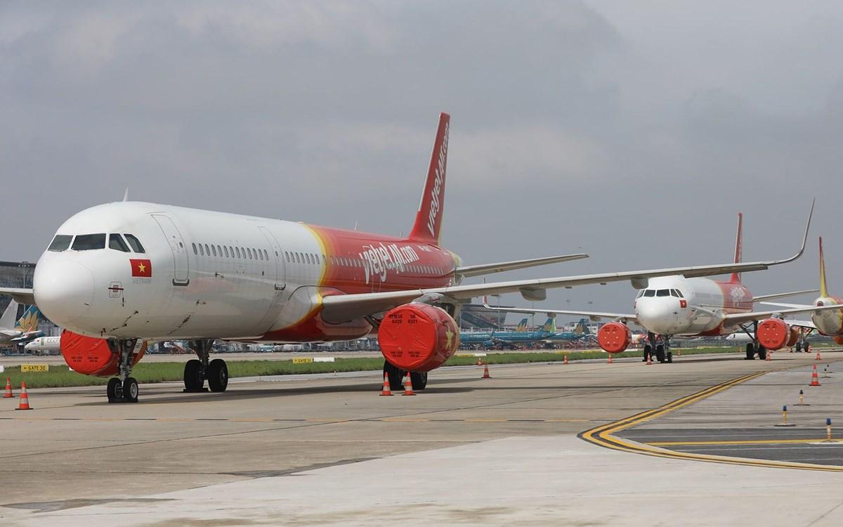 Máy bay đỗ tại sân bay Nội Bài. Ảnh: Ngọc Thành