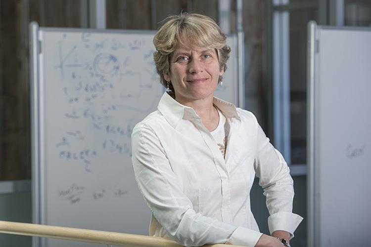 Giáo sư Carolyn Bertozzi từ Đại học Stanford. Ảnh: Đại học Stanford