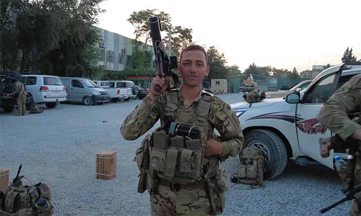 Binh nhì Alsajjad Al Lami làm nhiệm vụ tại sân bay Kabul hồi tháng 8. Ảnh: US Army.