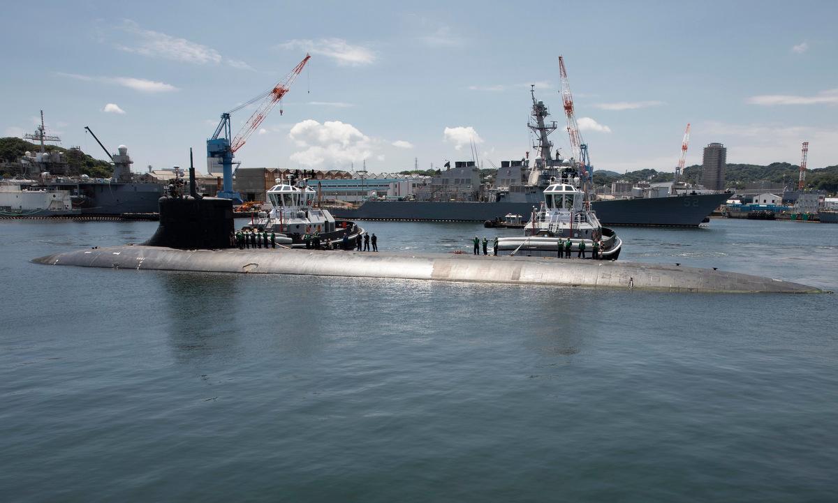 USS Connecticut cập quân cảng Yokosuka, Nhật Bản ngày 31/7. Ảnh: US Navy.