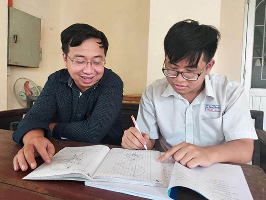 Phan Huỳnh Tuấn Kiệt trong giờ tự học tại trường THPT chuyên Lê Hồng Phong, tháng 1/2021. Ảnh: Tạp chí Giáo dục TP HCM