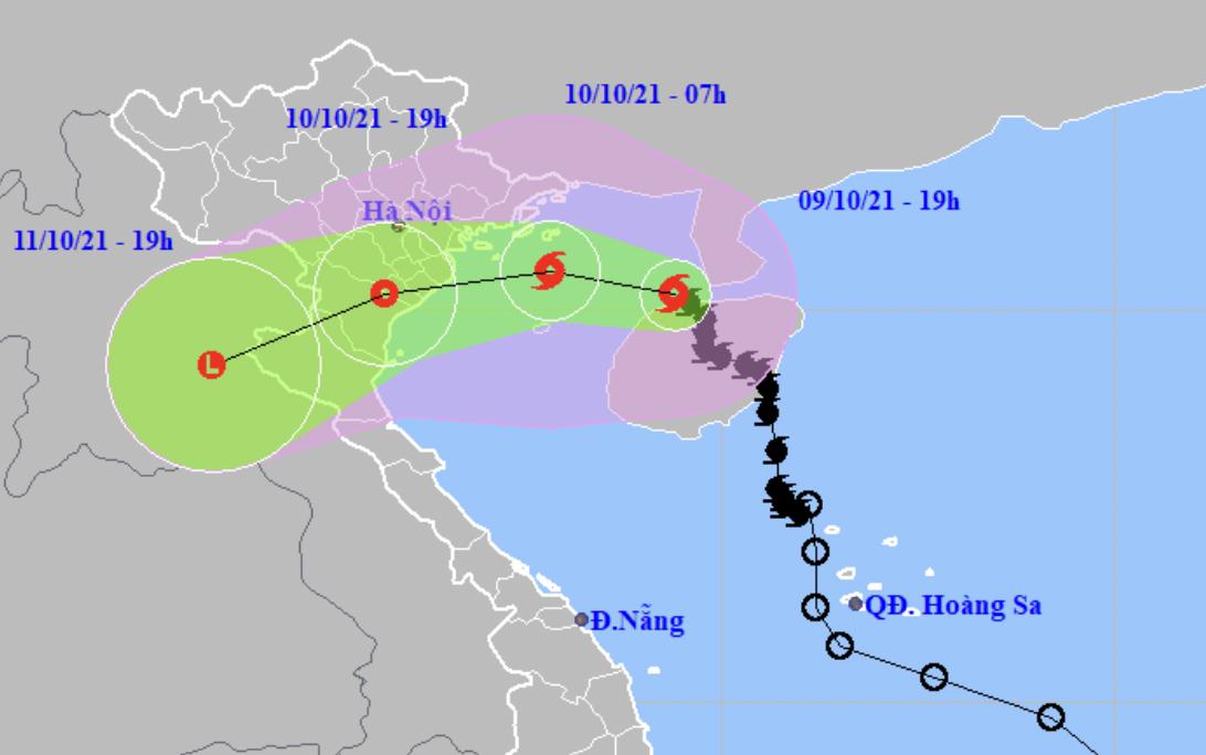 Dự kiến hướng đi và vùng ảnh hưởng của bão Lionrock. Ảnh: NCHMF