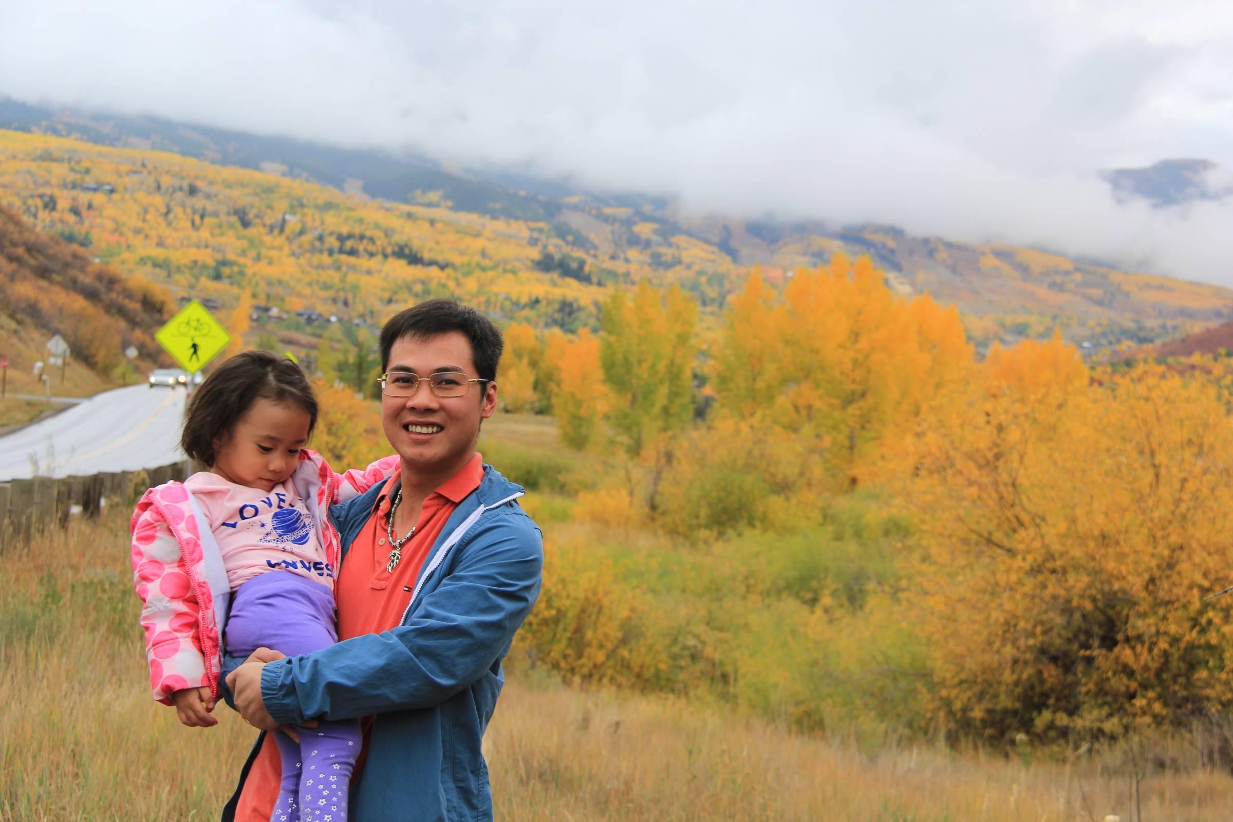 Anh Duy và con gái. Ảnh: NVCC