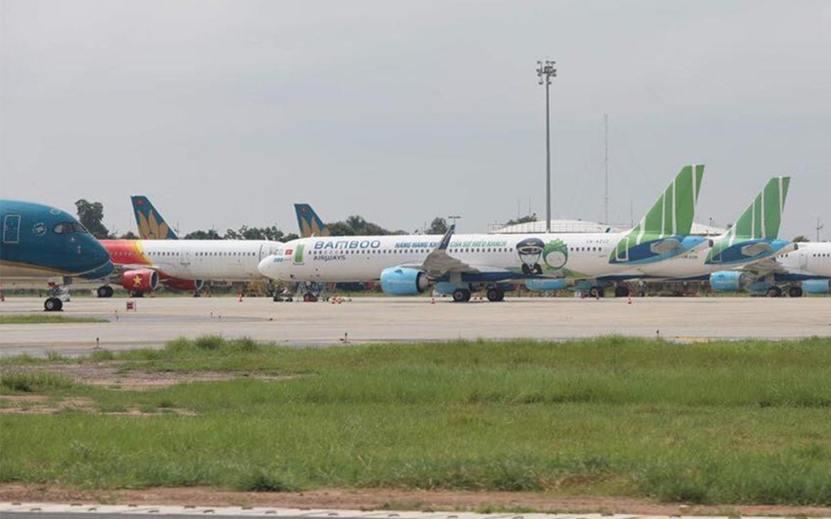 Máy bay các hãng đậu tại sân bay Nội Bài. Ảnh: Ngọc Thành.