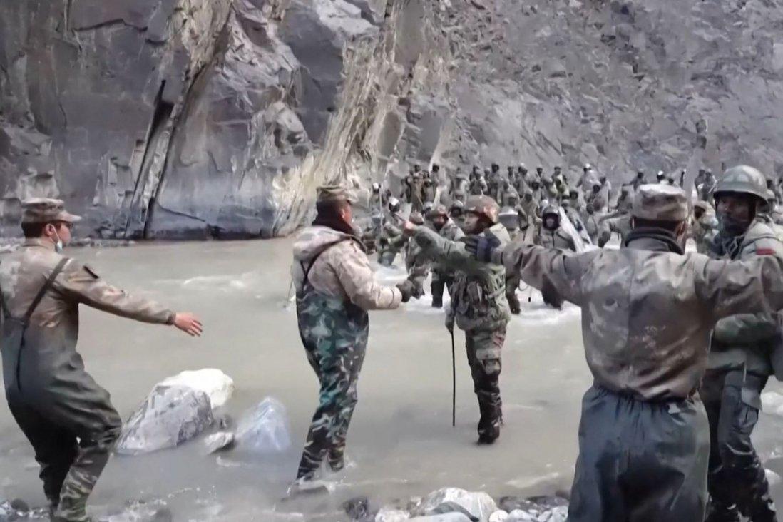 Lính Ấn Độ và Trung Quốc đối đầu tại biên giới tranh chấp hồi tháng 6/2020. Ảnh: AFP.