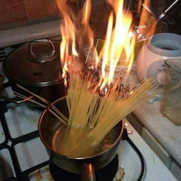 Món mỳ bốc hỏa.