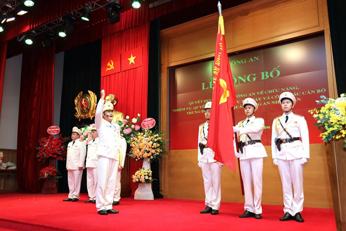 Ban chỉ huy Trung đoàn không quân tuyên thệ tại buổi lễ. Ảnh: CAND.