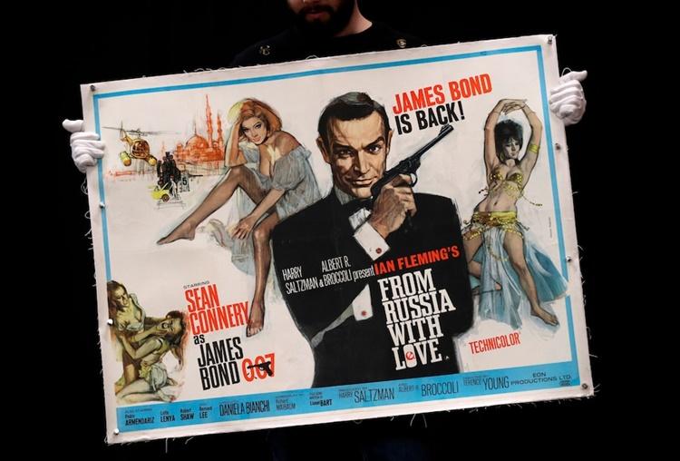 Áp phích quảng bá cho bộ phim James Bond năm 1963 From Russia With Love. Ảnh: AP.
