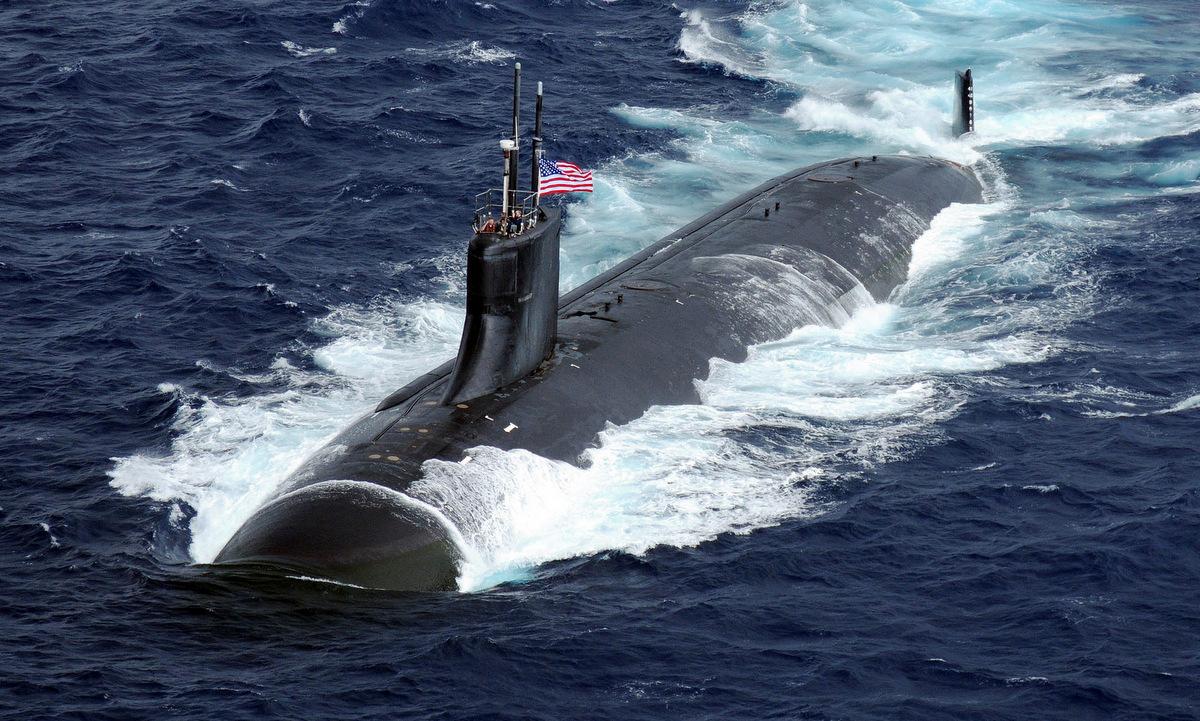 USS Connecticut di chuyển trên Thái Bình Dương hồi năm 2009. Ảnh: US Navy.