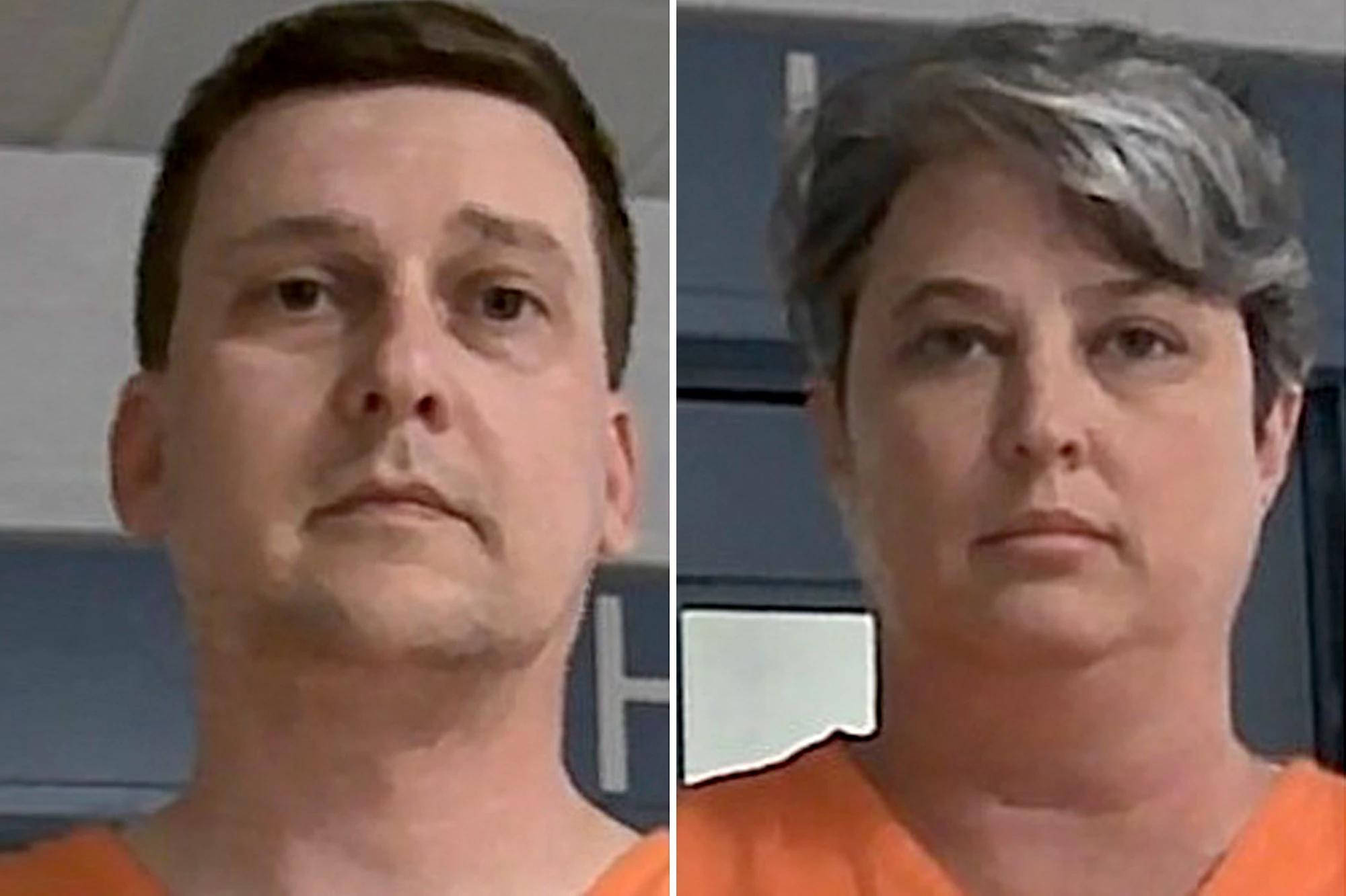 Jonathan Toebbe (trái) và vợ Diana Toebbe sau khi bị bắt. Ảnh: Cơ quan cải huấn Tây Virginia.