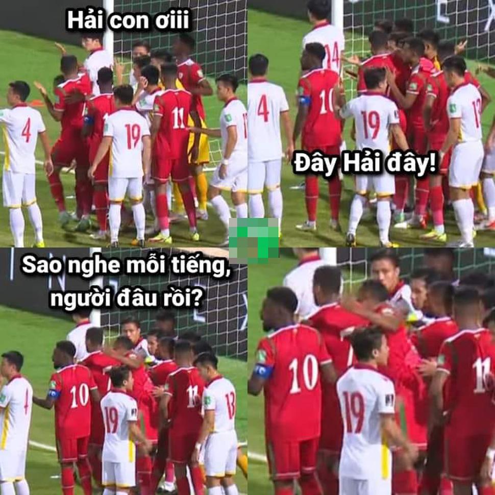 Còn đây là cách đội chủ nhà Oman mỗi khi được đá phạt góc.