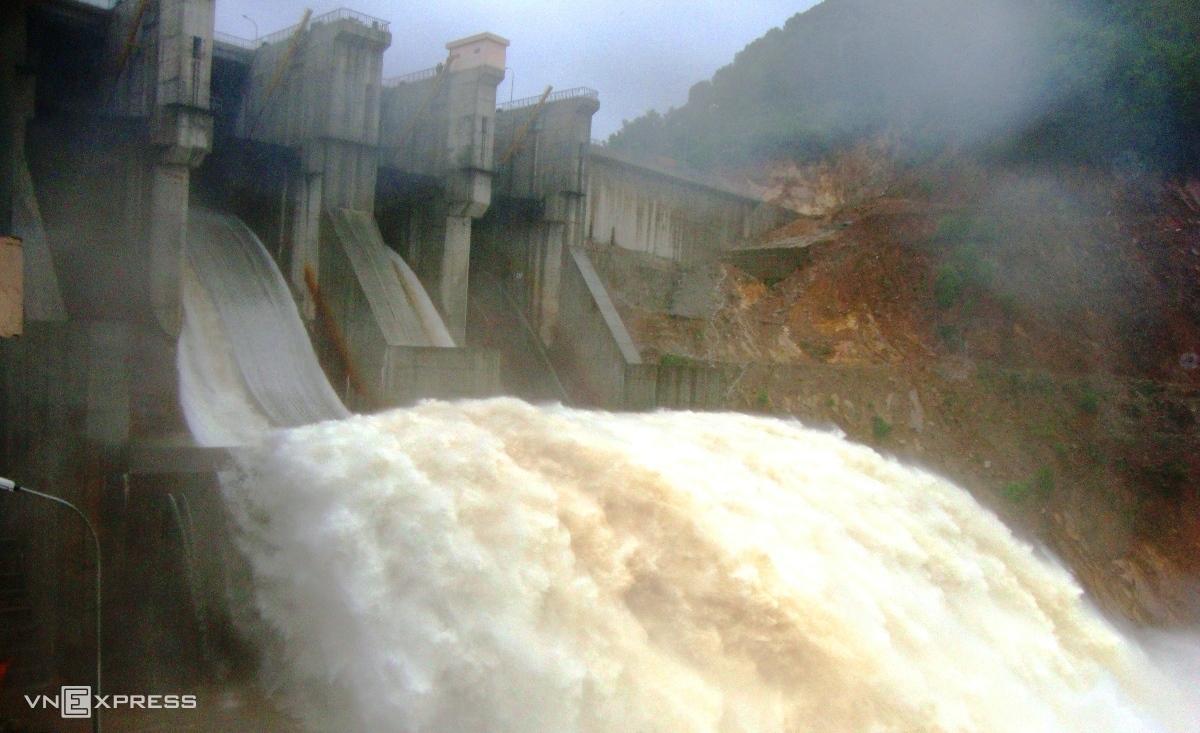 Thủy điện Hương Điền ở thượng nguồn sông Bồ. Ảnh:Võ Thạnh
