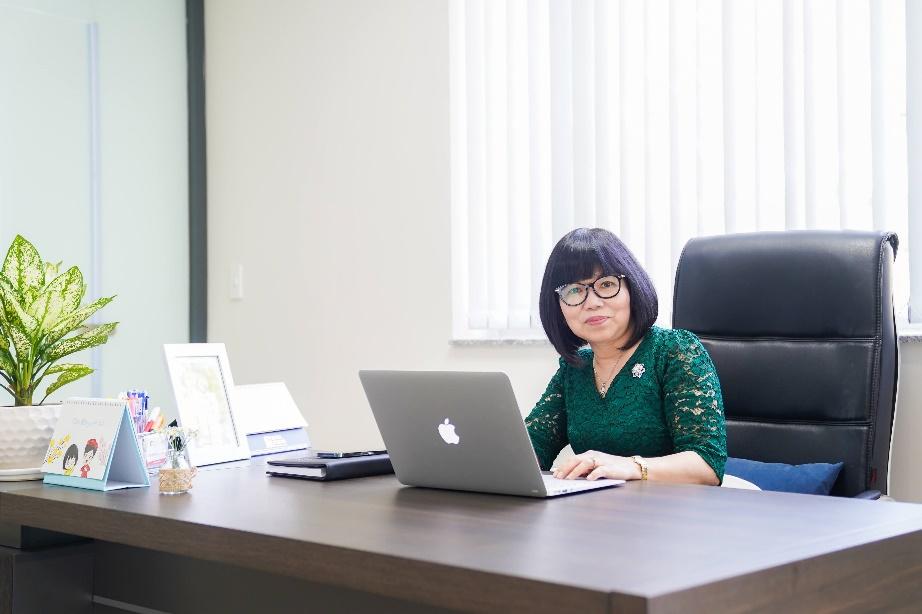 Nghệ sĩ ưu tú, Tiến sĩ Trương Thị Việt Liên thấu hiểu những lo lắng của phụ huynh.