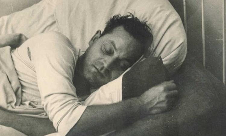 Bệnh buồn ngủ không xuất hiện những triệu chứng giúp đưa ra chẩn đoán ngay lập tức nhưng khi tiến triển thường rất nguy hiểm và có khả năng gây tử vong. Ảnh minh họa: Flickr/Simpleinsomnia.