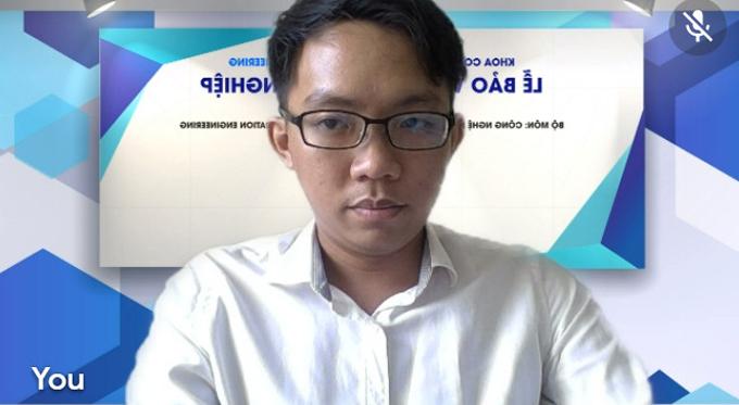 Khoa bảo vệ luận văn tốt nghiệp online hôm 18/8. Ảnh: Nhân vật cung cấp