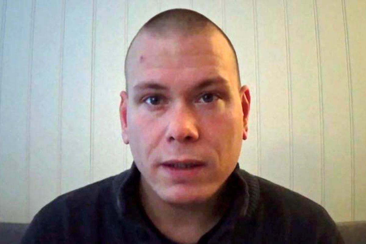 Espen Andersen Brathen tự nhận là sứ giả cảnh báo trong video đăng trên Facebook năm 2017. Ảnh chụp màn hình: Youtube/NTB