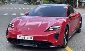 Porsche Taycan 'lướt' đầu tiên tại Việt Nam giá 10 tỷ đồng