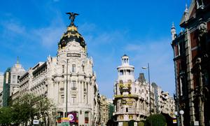 Madrid - Con phố trung tâm Gran Vía