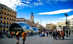 Dạo phố Puerta del Sol